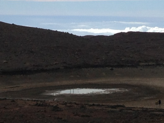 """For some unknown  reason Lake Waiau is drying out, its size now is less than 10% of its """"original"""" size in 2007"""